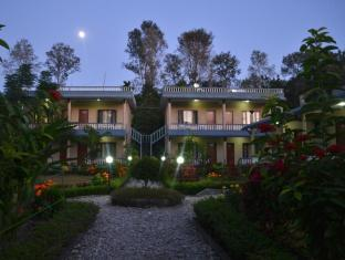 Chitwan Village Resort Национален Парк Читиуан - Вила