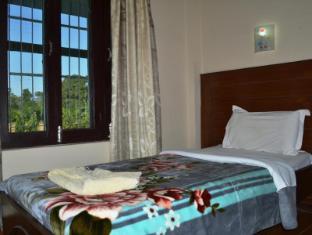 Chitwan Village Resort Chitwan National Park - Svečių kambarys