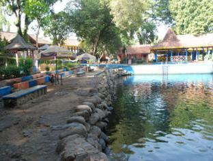 Villa Biru Pasuruan - Surroundings