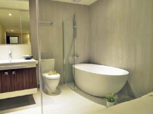 Via Hotel Taipei - Impressive with Bathtub