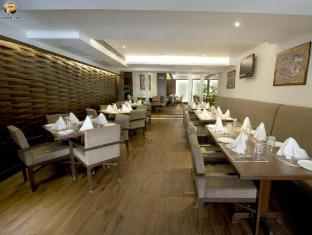 Salida Del Sol Hotel North Goa - Restaurant