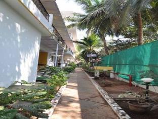 Goan Holiday Resort North Goa - Pathway