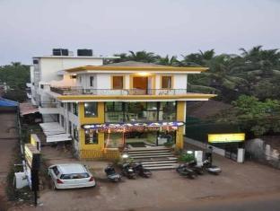 Goan Holiday Resort North Goa - Hotel Exterior