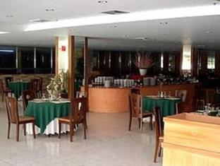 Oxford Hotel أنجيليس \ كلارك - المطعم