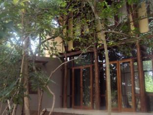 Hotel Elephant Gate Hotel  in Dambulla, Sri Lanka