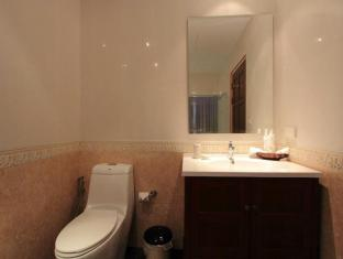 Chalong Sea View Resort Phuket - Bathroom