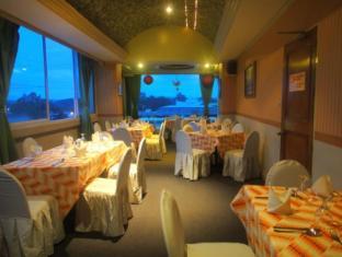 Orange Grove Hotel Davao - Kohvik