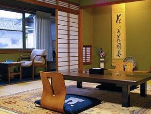 hotel Charoku Honkan