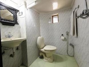 Nyatapola Guest House Bhaktapur - Bathroom