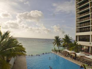 Guam Reef & Olive Spa Resort Guam - Bazén
