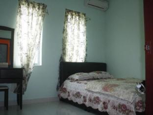 Malinja Vacation Home Langkawi - Bedroom