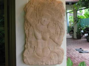 Sunshine Villa Phuket - Exterior