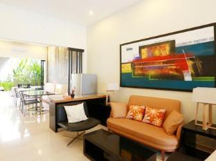 H.O.M.E Guest House Surabaya - Lobby Area