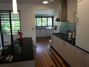 iStay - Fannie Bay Sunset House Darwin - Kitchen Area