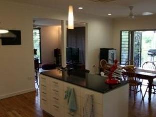 iStay - Fannie Bay Sunset House Darwin - Interior