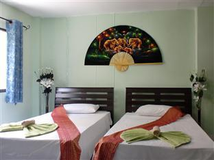 Istanbul Guesthouse Phuket - Fully air-conditioned, rooms are equipped with a cable TV, personal safe and minibar