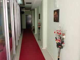 Istanbul Guesthouse Phuket - Corridor