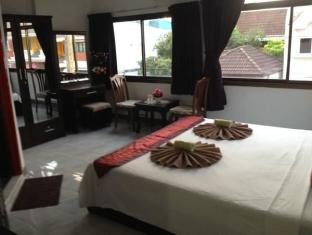 Istanbul Guesthouse Phuket - Guest Room