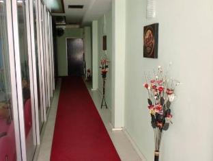 Istanbul Guesthouse Phuket - Entrance