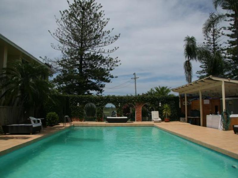 Blue Pacific Motel - Hotell och Boende i Australien , Lake Macquarie