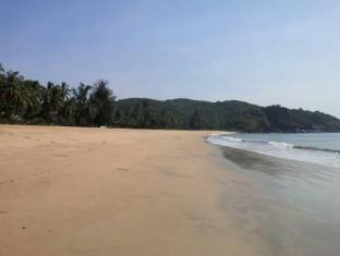 Coastal Jewel of Goa גואה - נוף
