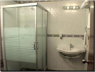 Hotel Sona's Inn Chennai Chennai - Bathroom