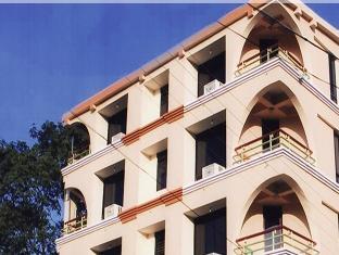 Hotel Paradise - Pachmarhi