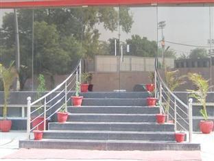 Hotel Grand Haritage New Delhi - Entree