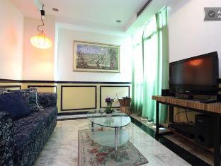 Baywatch Tower Malate Condominium Manila - Living room