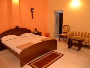Hotel Orient Kanpur - Super Deluxe Room