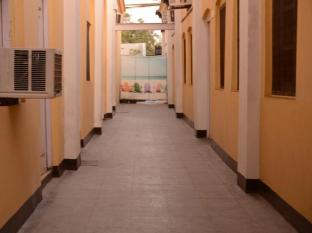 Hotel Orient Kanpur - Rooms Passage