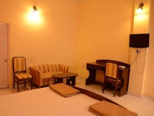 Hotel Orient Kanpur - Executive Room