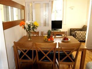Penthouse 4 Bedroom Apartment on Trafalgar Square London - Guest Room