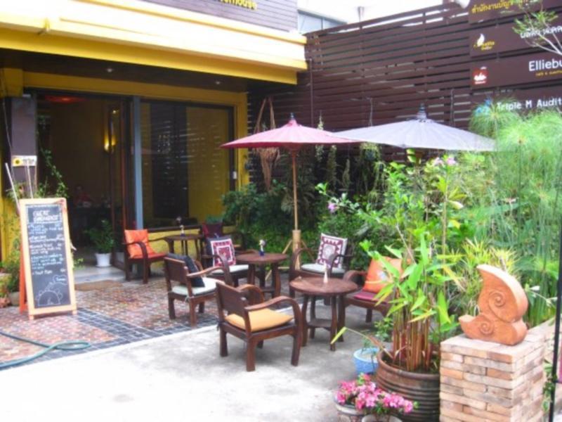 Hotell Elliebum Cafe   Guesthouse i , Chiang Mai. Klicka för att läsa mer och skicka bokningsförfrågan