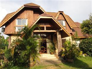 Ban Rim Khong Resort