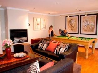 C the View Guesthouse Mossel Bay - Lounge and Pool Room