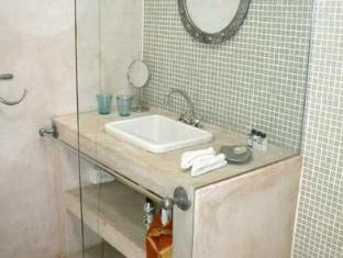 AfricanHome Guesthouse Cape Town - Bathroom