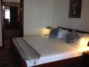 Times Service Suites at Times Square Kuala Lumpur - Standard Suite ( Bedroom )