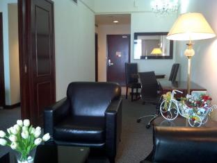 Times Service Suites at Times Square Kuala Lumpur - Standard Suite ( Living Area )