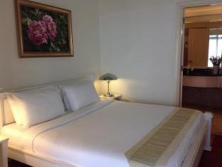 Times Service Suites at Times Square Kuala Lumpur - Premier Suite ( Bedroom )