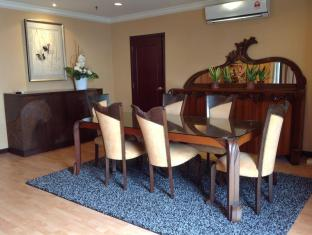 Times Service Suites at Times Square Kuala Lumpur - Penthouse Dining Hall