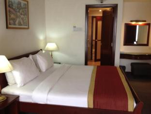 Times Service Suites at Times Square Kuala Lumpur - Standard Suite Bedroom