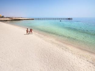 CONCORDE MOREEN BEACH0