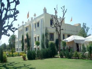 Foto Club Mahindra Roop Vilas, Nawalgarh, India