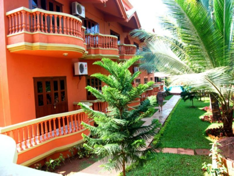 Ruffles Beach Resort Kuzey Goa