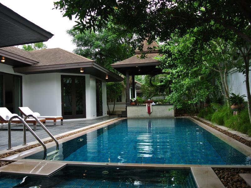 Hotell Ratchamaka Villas i Chalong, Phuket. Klicka för att läsa mer och skicka bokningsförfrågan