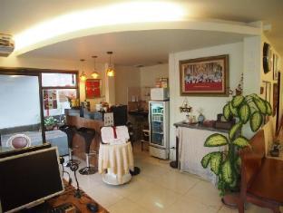 A One Inn Bangkok - Interior