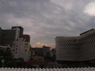 A One Inn Bangkok - View