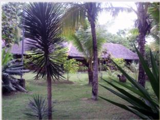 Casa Nova Garden Apartments बोहोल - बगीचा