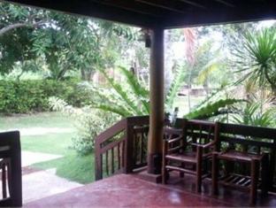 Casa Nova Garden Apartments Bohol - Inngang